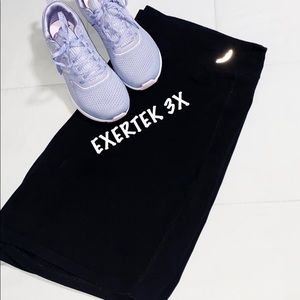 Exertek Black Yoga Shorts SZ 3X EUC